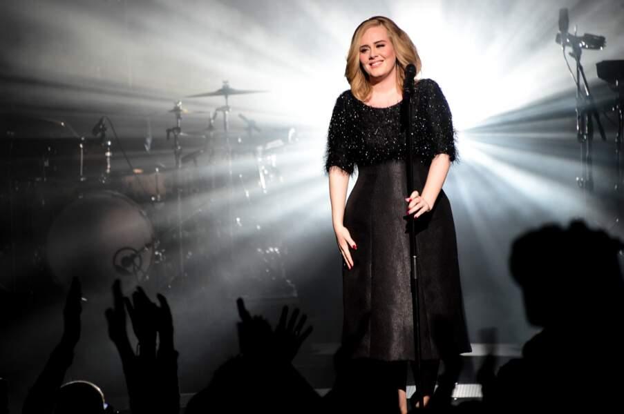 Adele séduit la foule en 2015