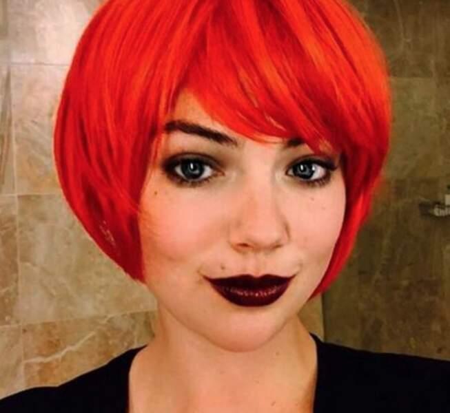 Mais ces derniers jours, c'était aussi la fête des cheveux. Kate Upton en rousse. Mouais.