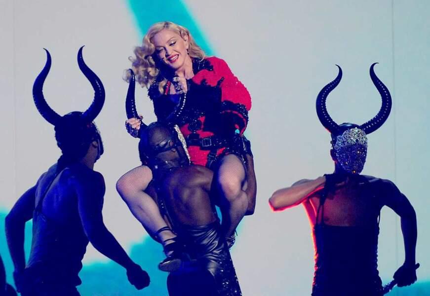 Il faut dire qu'elle a dû danser avec des démons