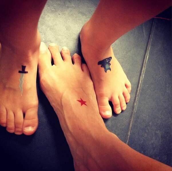 Et en plus, elle a le temps de faire des faux tatouages avec son fils !