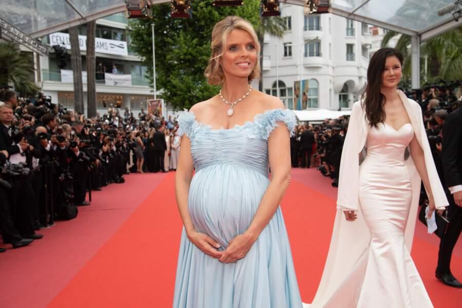 La directrice de la société Miss France a dévoilé son joli baby bump
