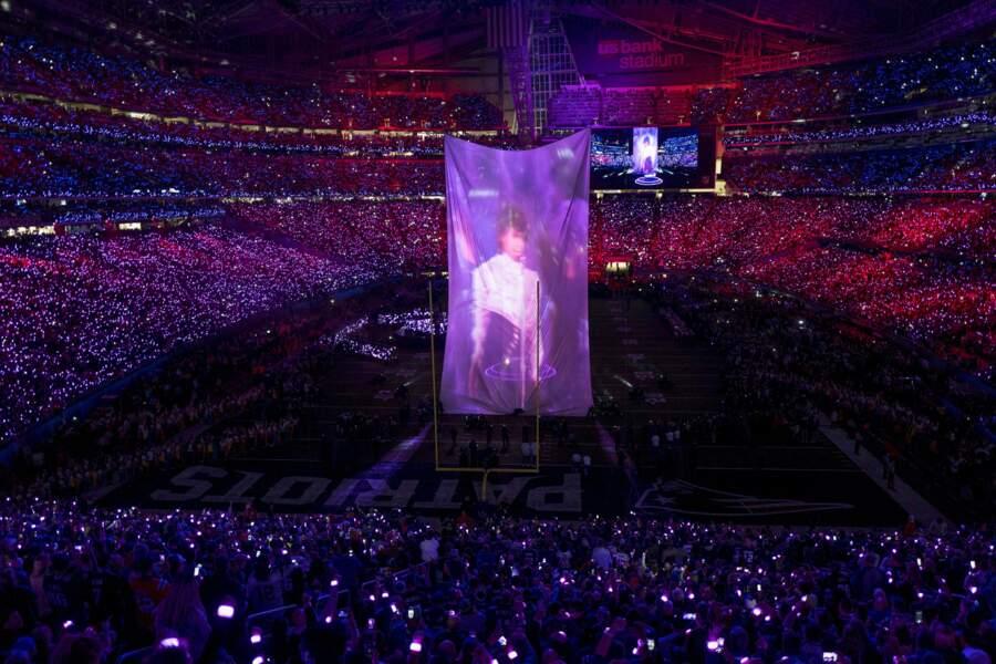 Il a terminé sa prestation par un bel hommage à Prince, le Kid de Minneapolis