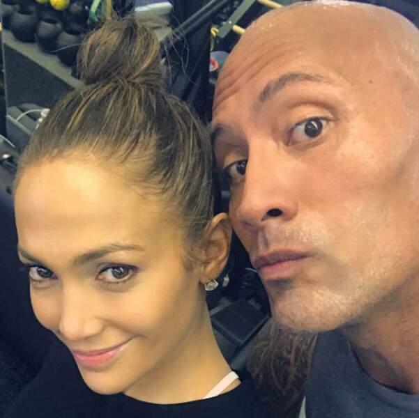 Surprenant ! J.Lo et The Rock ont fait du sport ensemble.
