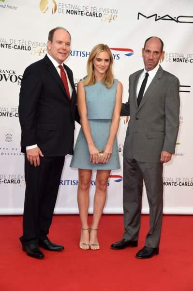 Le Prince est venu sans Charlène, mais trouvé une autre jolie blonde, Emily Wickersham, et Miguel Ferrer (NCIS)