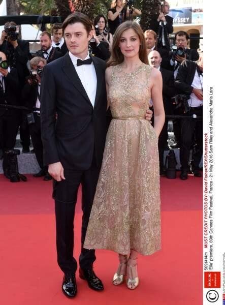 L'acteur Sam Riley (Maléfique) et sa compagne Alexandra Maria Lara. Qu'ils sont beaux !