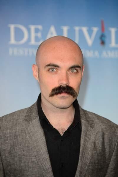 Crâne rasé et grosse moustache, le titre du prochain film de David Lowery ?