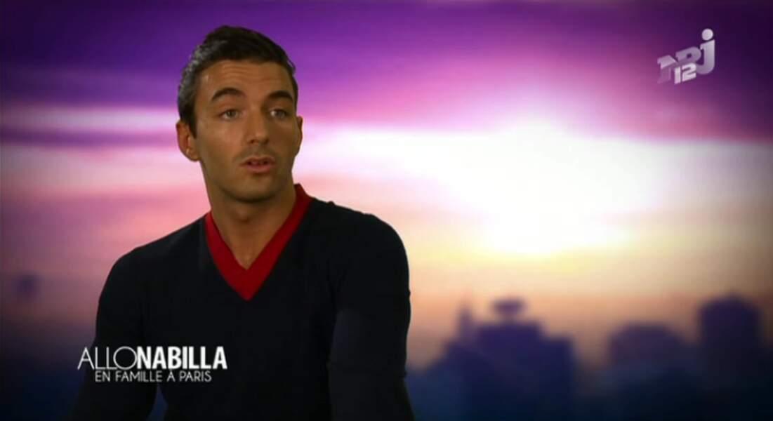 """Dans la catégorie """"surprenant"""" :  Le nouveau look très sage de Thomas Vergara, le chéri de Nabilla."""