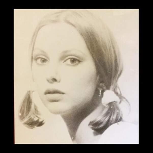 Autre photo vintage : ce portrait de Frédérique Bel, à l'âge de 18 ans, quand elle étudiait à Strasbourg.