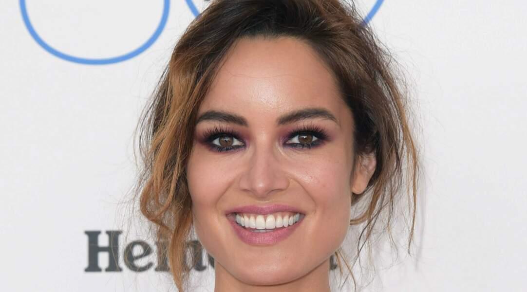 Bérénice à 36 ans sur la plage de Santa Monica, en Californie, assiste au Film Independent Spirit Awards 2015.