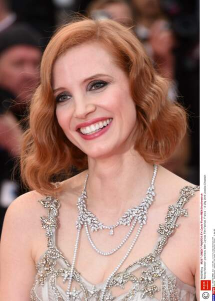 Jessica tout en sourire, on adore.