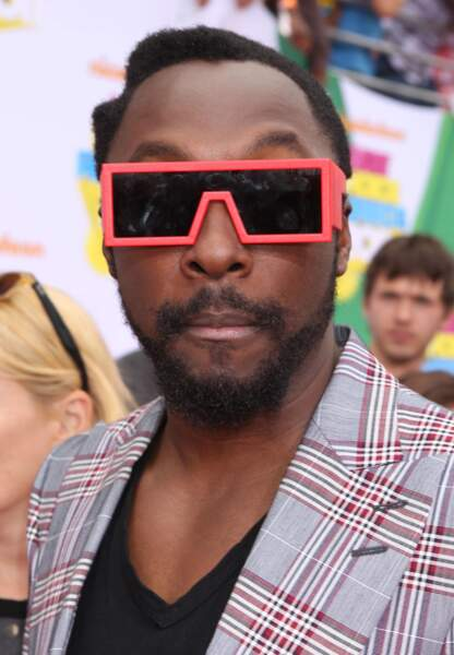 Will.I.Am, mi-homme mi-Lego.
