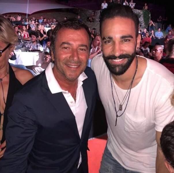 Adil Rami a croisé Bernard Montiel à Saint-Tropez.