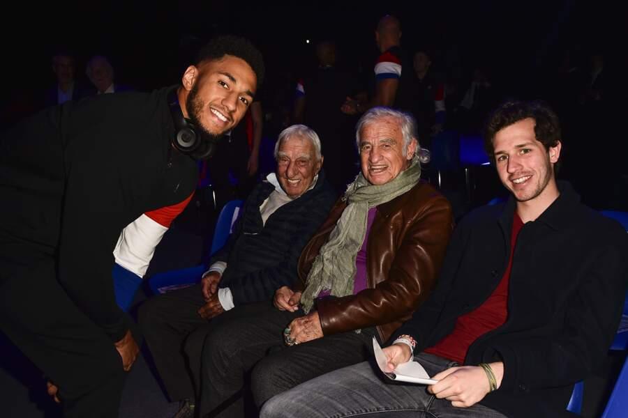 Avant le combat, Tony est venu saluer Charles Gérard, Bebel et le petit-fils de ce dernier, Victor