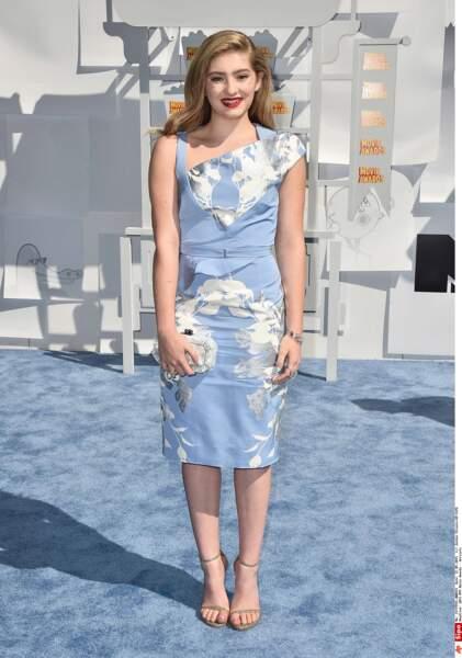 Willow Shields (Hunger Games) : oui mais là mais non, faut rendre cette robe à maman