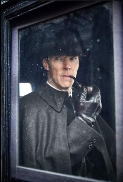 Sherlock prend la pose...