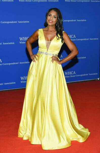 Omarosa Manigault, candidate de télé-réalité populaire aux Etats-Unis et sa robe... jaune canari !