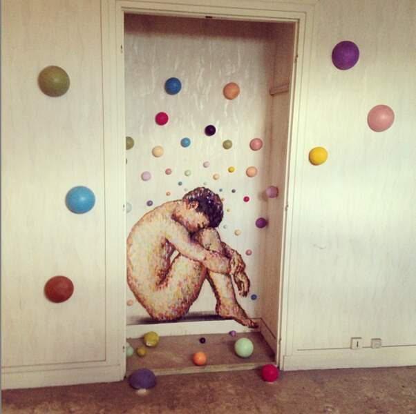 Une oeuvre d'art se cache dans le placard