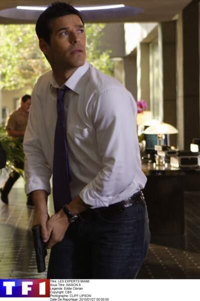 Eddie Cibrian tenait le rôle de Jesse Cardoza dans Les Experts : Miami