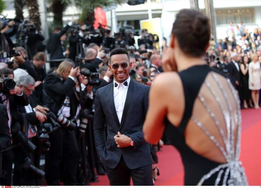 Le bel acceuil de Lewis Hamilton sur le tapis rouge