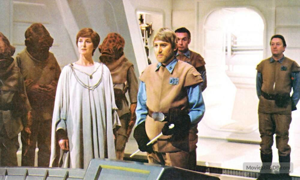 Mon Mothma planifie une atttaque dans Le Retour du Jedi