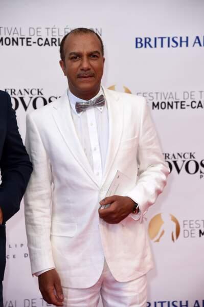 Pascal Légitimus pensait certainement que les soirées blanches étaient encore à la mode... Perdu !