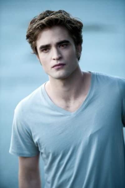 Robert Pattinson endosse pour la 5ème fois le rôle d'Edward