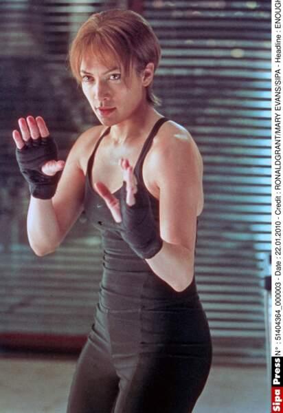 Un look peu glamour pour le film Plus Jamais où elle suivit un entrainement intensif de Krav Maga.