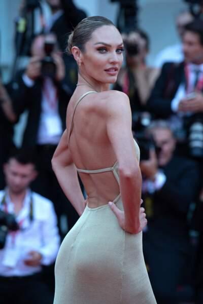 La top Candice Swanepoel