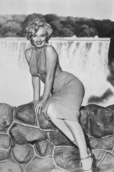 En coulisses, et sous le nez de Jackie, ce sont des dizaines de maîtresses qui défilent. Dont Marilyn Monroe.