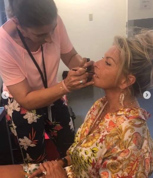 Et un petit make-up pour l'acheteuse !