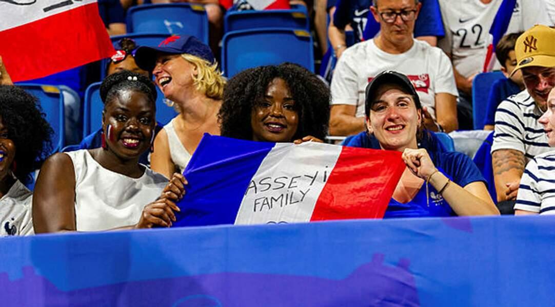 La famille de Viviane Asseyi avait fait le déplacement en Normandie pour supporter la joueuse tricolore