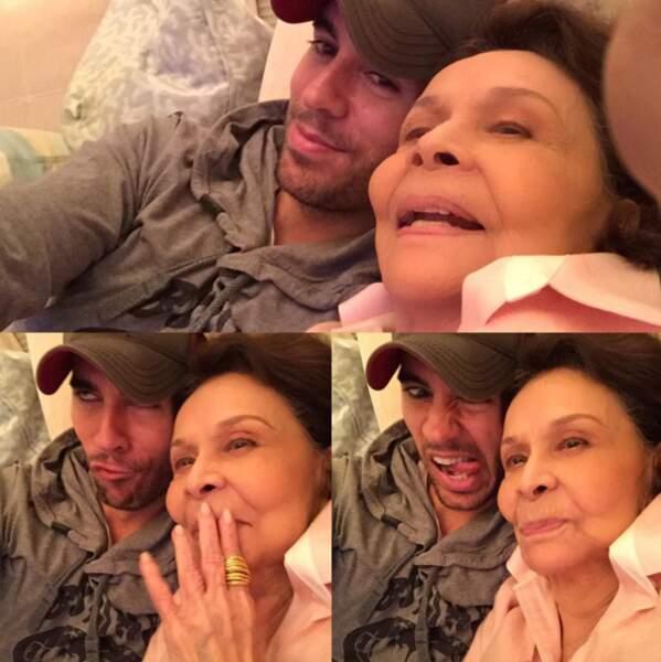 Ou Enrique Iglesias qui pose avec sa mamie.