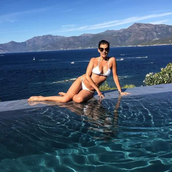 Et il y avait du monde sur l'île de Beauté ! A commencer par la naïade Cristina Cordula.