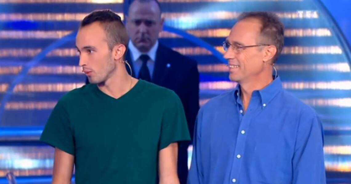 Ces deux candidats de Money Drop se sont mis d'accord avant de venir sur le plateau : on met des tons bleus !