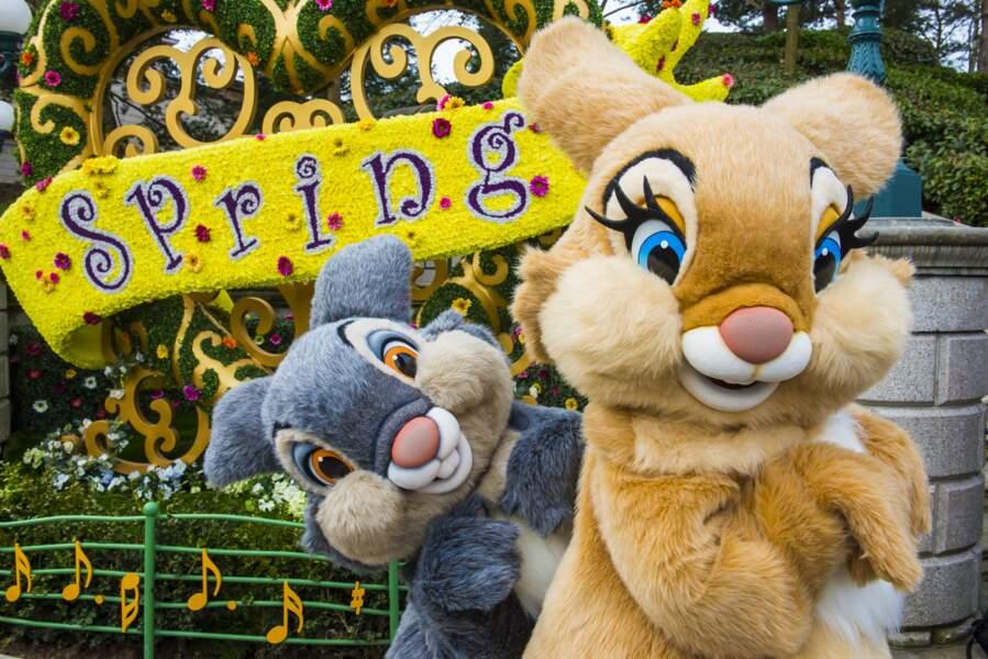 Le parc Disneyland Paris fête joyeusement le printemps
