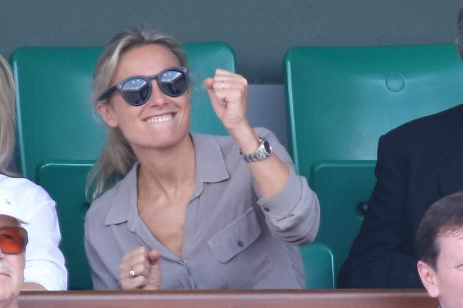 Il y avait aussi plein de stars du JT comme Anne-Sophie Lapix, assise à côté de…