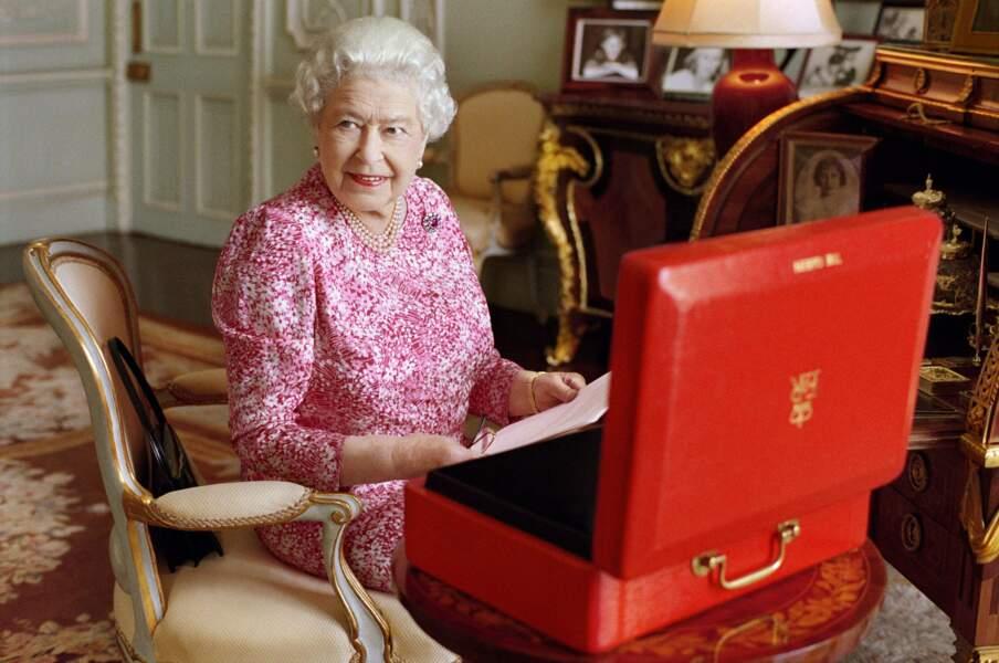 Septembre : Record Woman ! Elisabeth II, 89 printemps depuis avril, fête ses plus de 63 ans de règne
