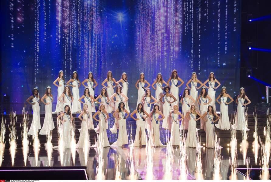 Les 31 Miss régionales ont ouvert la soirée