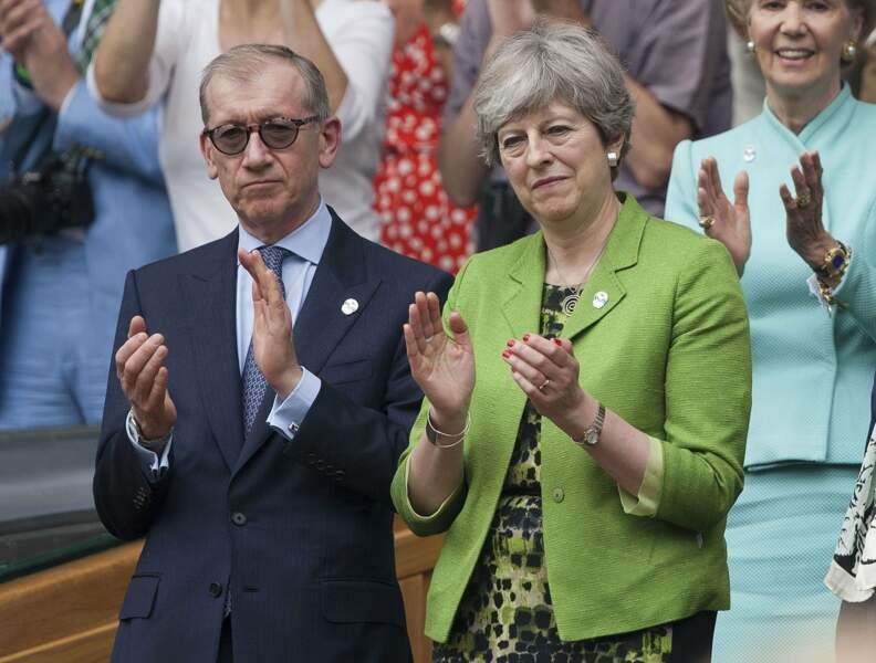 Tout comme la Premier ministre britannique, Theresa May