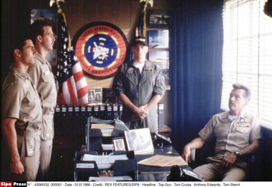Tom Skerrit (à droite), instructeur de Top Gun