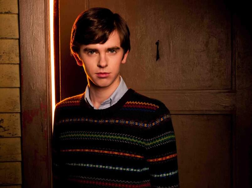 En 2013, il décroche le rôle principal de Bates Motel, préquelle du film Psychose d'Alfred Hitchcock