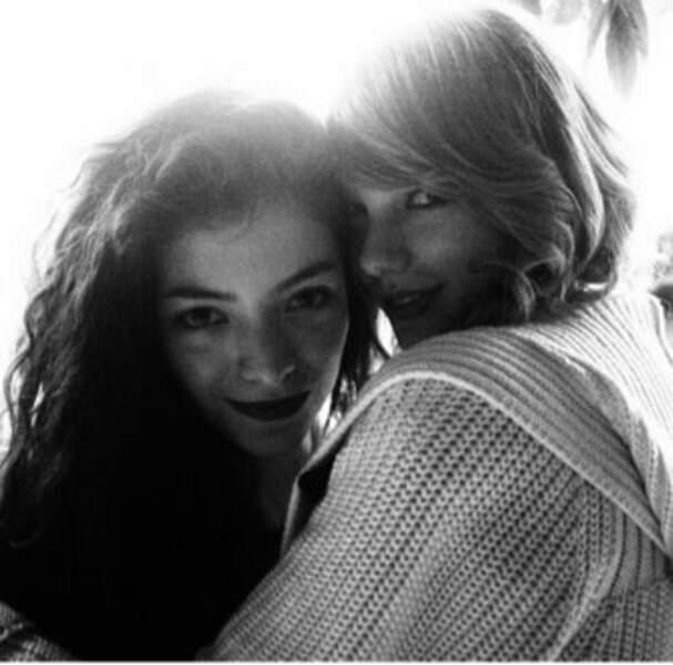 Lorde et Taylor Swift sont deux grandes copines ! Selena Gomez va pas être jalouse, Taylor ?