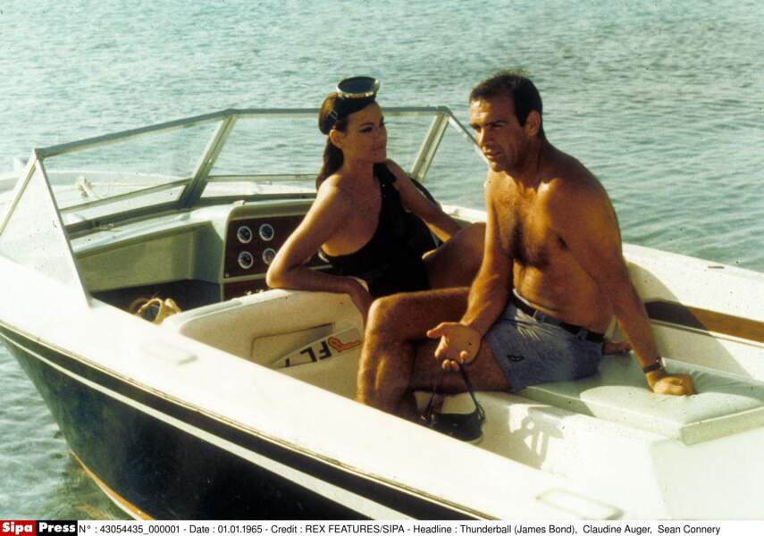 Bond face à Claudine Auger, dans Opération Tonnerre (1965)