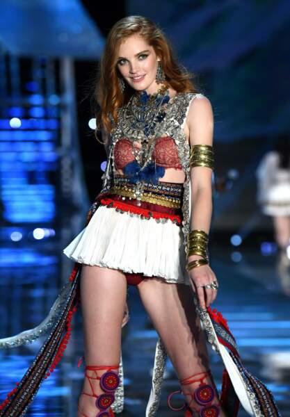 La Britannique Alexina Graham est la première rousse à participer au show Victoria's Secret !
