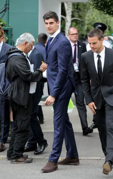 Le gardien de Chelsea Thibaut Courtois, très élégant
