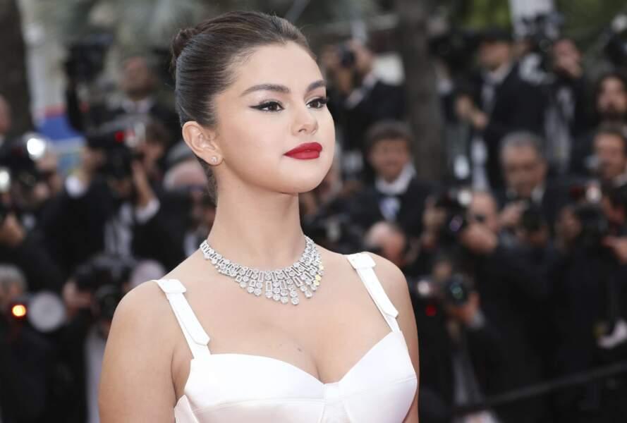 Selena Gomez altière devant les objectifs…