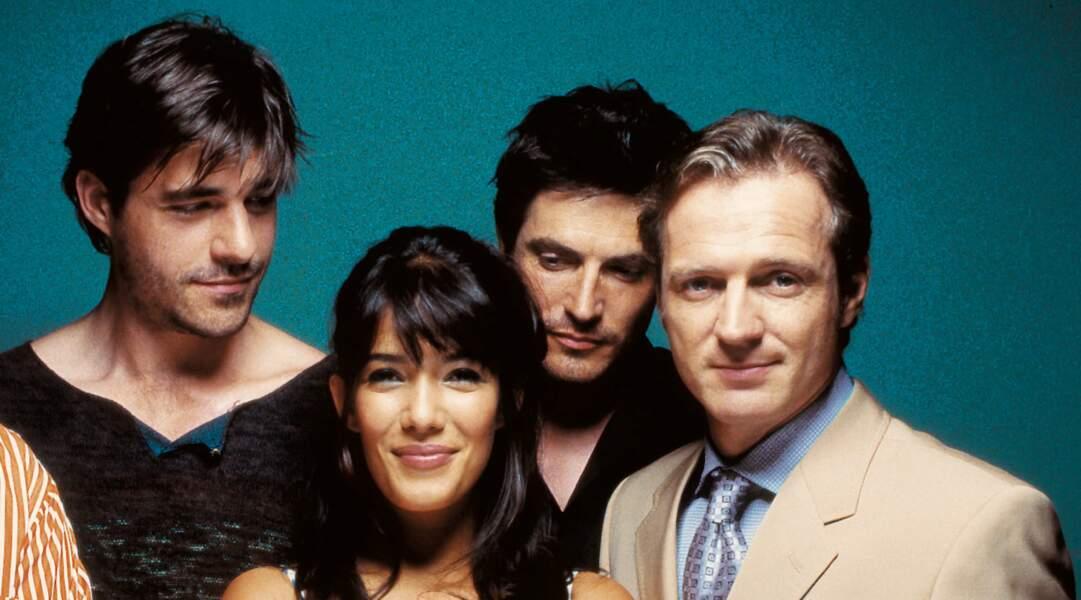 Dans la première saison de Clara Sheller (2005), il incarne Gilles, le séduisant voisin de Mélanie Doutey.