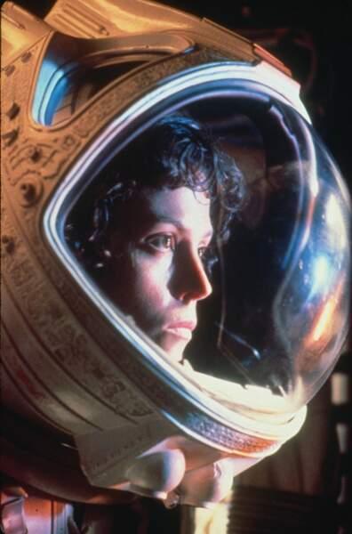 """N°4 : """"Alien, le huitième passager"""" (152 calories), le film qui a érigé Sigourney Weaver au rang d'actrice culte"""