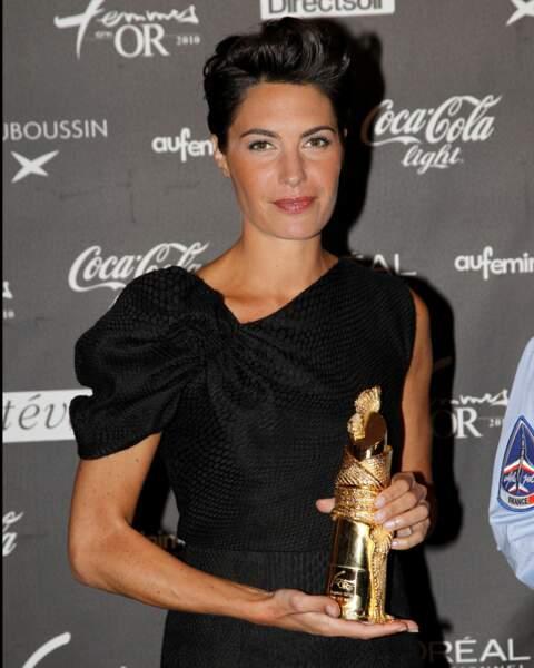 L'animatrice est élue Femme de média à l'élection Femmes en or (2010)