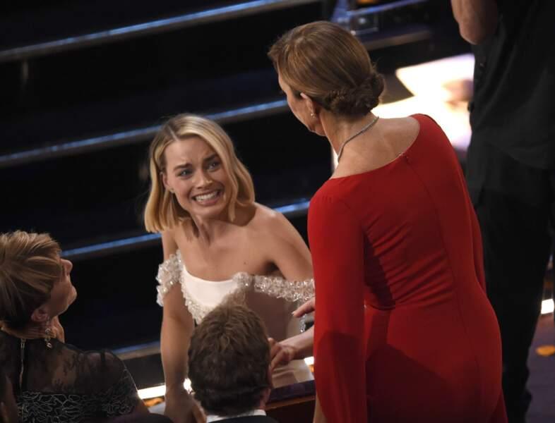 Et Margot Robbie était visiblement très émue du prix de sa partenaire dans le film